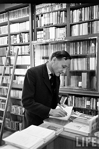 Loomis Dean, William S. Burroughs in Bookstore, 1959, Paris